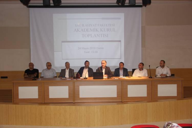 İlahiyat Fakültesi Akademik Kurul Toplantısı ve İftar Programı