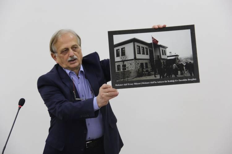 """""""Mehmet Akif ve İstiklal Marşı"""" Konulu Seminer Gerçekleştirildi."""